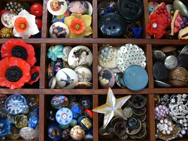 Button Drawer