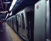 R40 Slant B Train at 125th Street