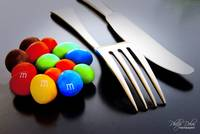 M&MS FORK & KNIFE