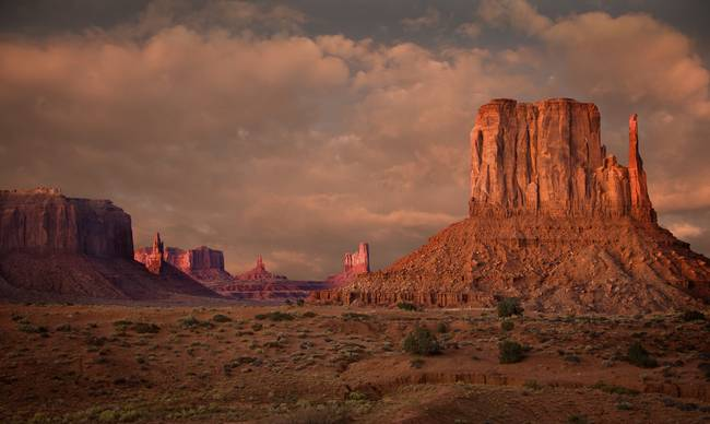 The Glow Of Monument Valley