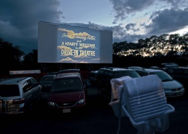 Wellfleet Drive In Movie Theater )Cape Cod(
