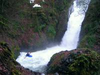 Kayaking Bridal Veil Falls