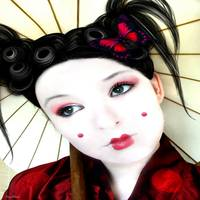 Geisha Girl by Diana Hliva