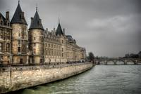 La Conciergerie, from Pont au Change