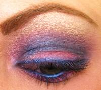 Vex Blue, pink and purple mac eyeshadow closeup 2