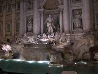 Fontana di trevi by night.