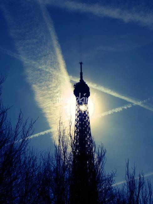 Shining Tour Eiffel