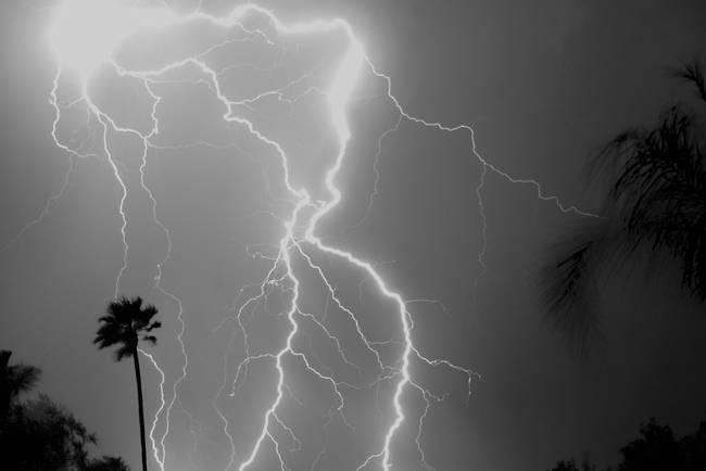 Monsoon Lightning - Black and White ll