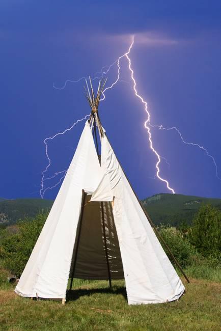 Teepee Lightning