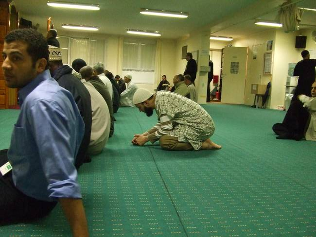 3asr salah  )asr prayer( during working hours