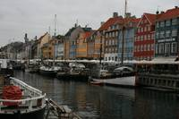 Nyhavn shows it's colors