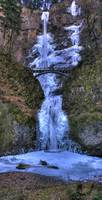 0140 Multnomah Falls Frozen Panoramic