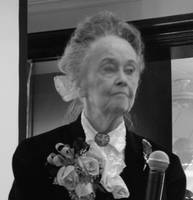 LORRAINE WARREN AT THE HALLOWEEN DINNER 2008