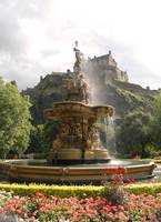 Castle & Fountain Edinburgh 0808 b