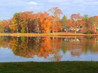Mundys Lake Mid-Autumn Reflections 023