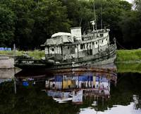 old_tug_reflect