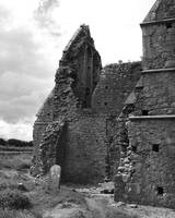 Ruins in Monochrome