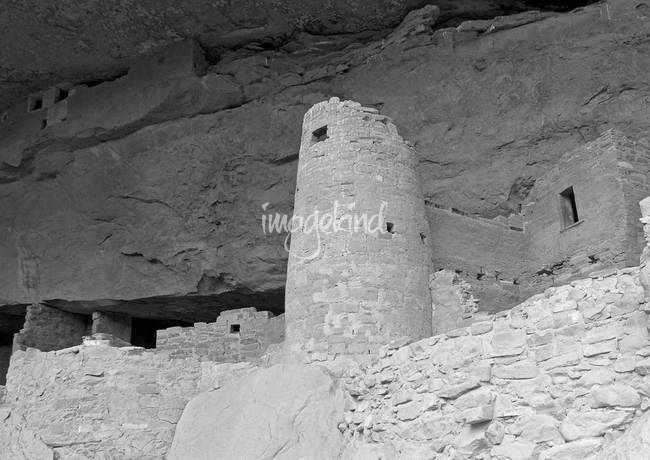 Round Tower, Cliff Palace B&W