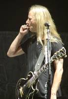 Alice in Chains - Jerry Cantrell Smokin'