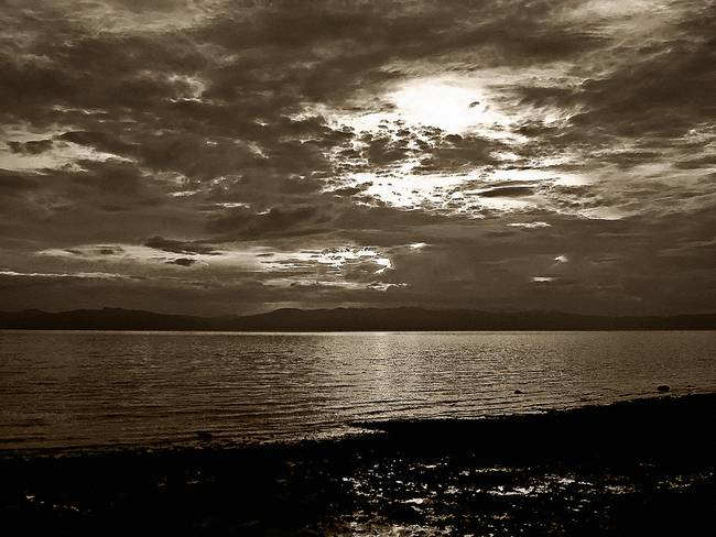 monochrome sunset no. 14