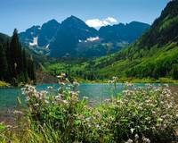 Maroon Bells in Summer