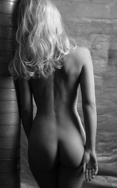 Girl dance nude gif