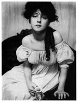 Evelyn Nesbitt Portrait by Gert Kasebier (1902)