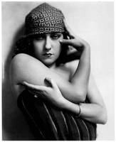 Gloria Swanson by Nickolas Muray (c. 1922)