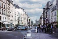 Paris: Rue Saint Antoine