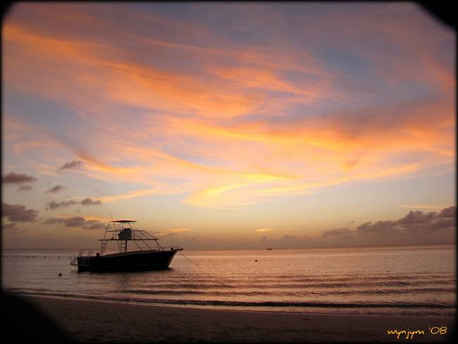 Another beautiful sunset in Roatan
