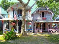 Oak Bluffs Gingerbread Cottages (6)