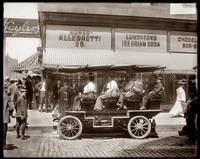 Tour on State Street, Chicago, Ill. c1905 by WorldWide Archive