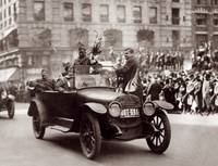 Returning Soliders, victory Parade, New York City by WorldWide Archive