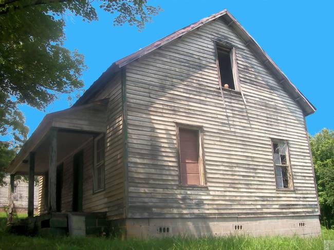 Henry River Ghost house 3