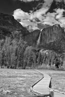 Yosemite Falls and Boardwalk
