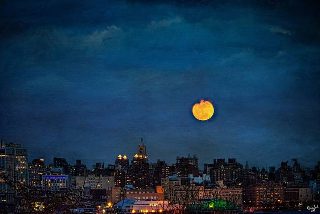 Moonrise Manhattan