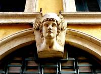Mercury at the Door, Verona  / Hermés a la puerta,