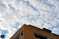 Building & Sky & Clouds · Edificio & Cielo & Nubes