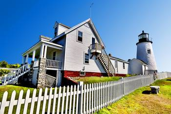 Pemaquid Point Lighthouse by New Yorkled