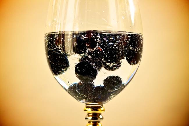 81/365 Sparkling currants