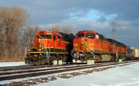 BNSF trains pass at Eola