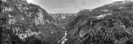Valley View BW Pan