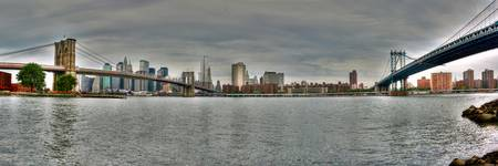 Pan NYC Skyline Bridges