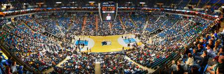 Target Center Wolves HDR Pan