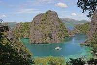 Kayangan lake or blue lagoon, Coron island, Philip