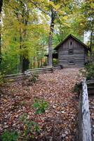 1800's cabin in the woods
