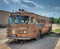 Lone Star Bus at Broken Spoke