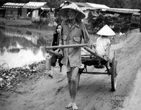 VIETNAM_WAR_People_Rigshaw