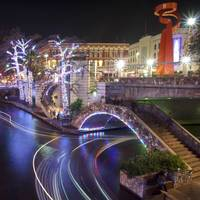 Christmas on the Riverwalk 7