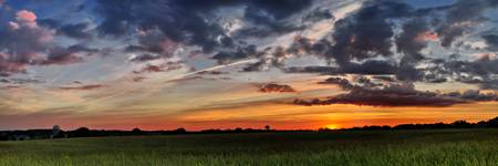 16x48_2009_05_03_D50_Baldwin_north_sunset_pan01_fh